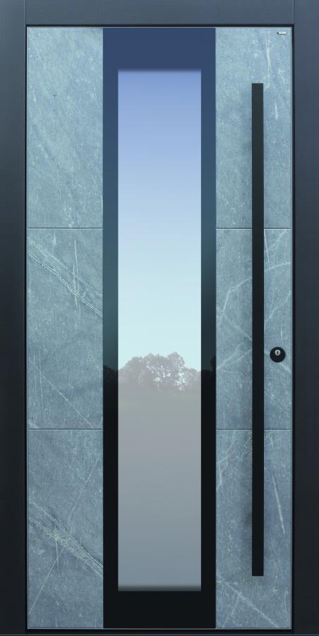 Haustür modern, grau, Stein, Himalayastein, TOPICcore, Stoßgriff in schwazr, Sicherheitstür, passivhaustauglich, besser als Alu, Glas